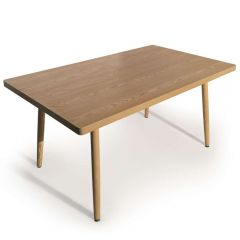 Table rectangulaire 6 couverts scandinave Frêne